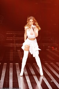 Cheryl Cole Toilet Paper Dress_